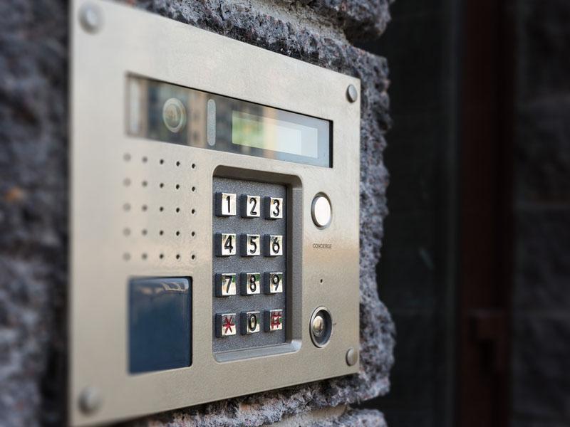 Domofony isystemy nadzoru wizyjnego